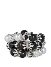 Multi-strand Black And White Pearl Bracelet - ChicKraft