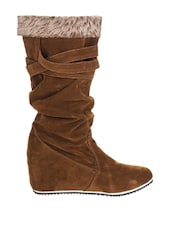 Trendy Brown Suede Boots - Stylistry