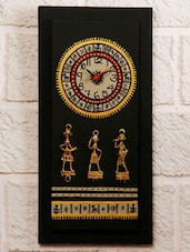 Warli Hand Painted Wooden Clock With Dhokra Craft - Unravel India