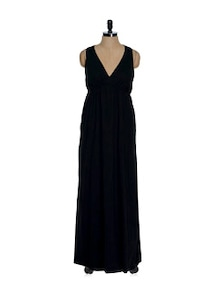 Black Sleeveless V-neck Maxi Dress - La Zoire