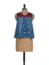 Indigo Blue Pleated Block Print Cotton Top With A Maroon Neck - 9rasa