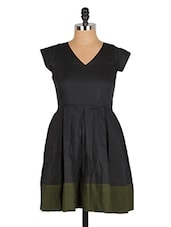 Navy Blue Box Pleated Color Block Cap Sleeve Dress - Nangalia Ruchira