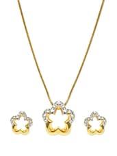 Set Of Elegant Flower Shaped Gold Plated Embellished Necklace And Earrings - Estelle