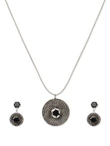 Set Of Beautiful Pendant And Earrings With Black Stone - Savi
