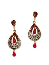 Stylish Red Gold Earrings - Rich Lady