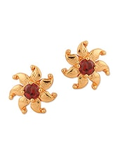 Enthralling Stud Earrings With Floral Motif - Voylla