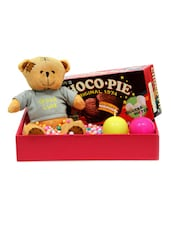 Gourmet Choco Pie And Teddy Gift Set - Gifts By Meeta