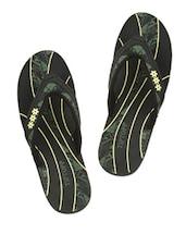 Black Printed Slippers - Tiptop