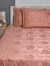 Peach And Gold Floral Double Bed Cover Set - Natraj