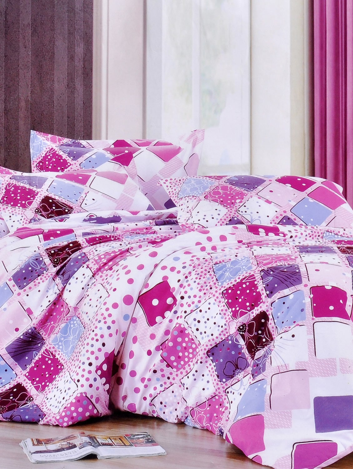 Multi-coloured Double Bedsheet with two pillow cover