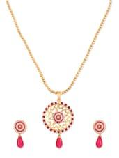 Trendy Rani Designer Pendant  Set - Rich Lady