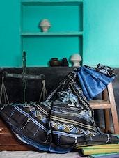 Blue And Black Batik Saree - Murshidabadi Silk