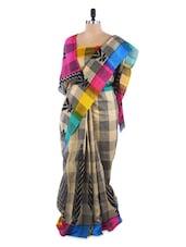 Beautiful Checks Saree With Blouse Piece - ROOP KASHISH
