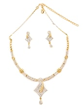 Off White Stones Studded Necklace Set - By