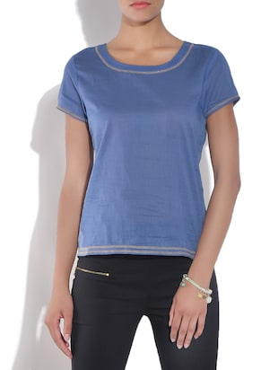 Blue cotton short-sleeved top