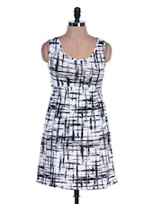 Black And White Printed Dress - Salt
