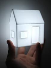 White Hut Table Lamp - Printfry