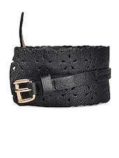 Chic Black Faux Leather Belt - YOUSHINE
