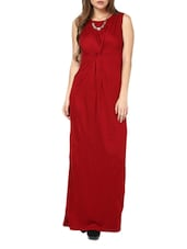 Chic Red Twisted Maxi Dress - Pera Doce