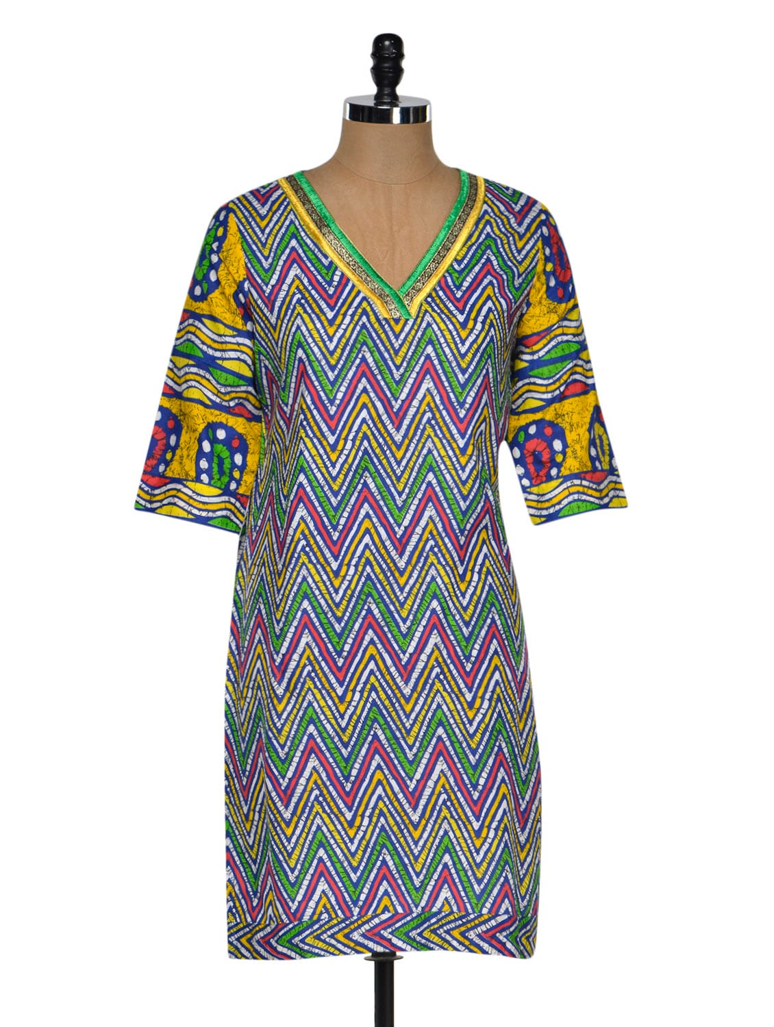 Chevron Print Kurta With A Hint Of Pink - By