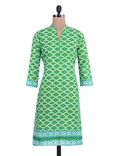 Green And Blue Cotton Printed Kurti - By - 9685018