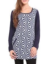 Blue And White Printed Tunic - Femenino