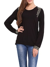 Solid Black Embroidered Sweat-shirt - Femenino