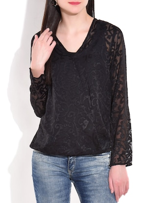 Black textured v neck full sleeve top
