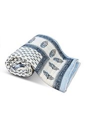 White Printed Cotton Double Bed Quilt - By