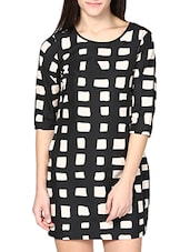 Black And White Ckecks Printed Dress - By