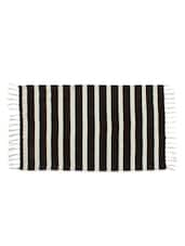 Stripes Black Colour Woven Stripe Cotton Rug - Azaani