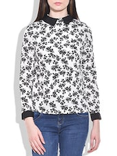 Poly Crepe Black Collar Printed Top - By