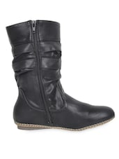 High Ankle Leatherette Black Boots With Zipper - Elly