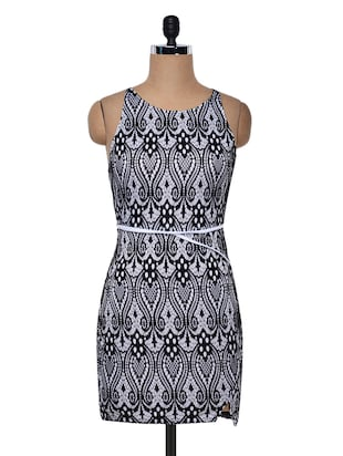 Black polyknit printed dress
