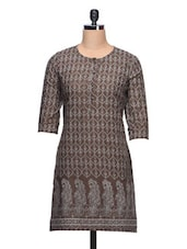 Paisley Printed Round Neck Cotton Kurti - Taaga