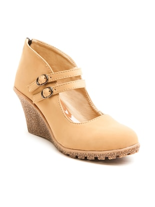 beige leatherette closed back wedges