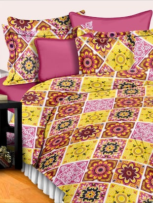 Dreamscape 140TC 100% Cotton Red Abstract double bedsheet set