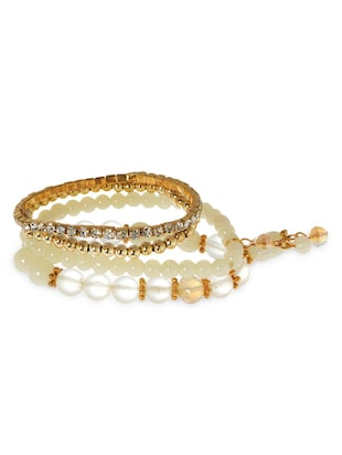 white beads , alloy bracelet