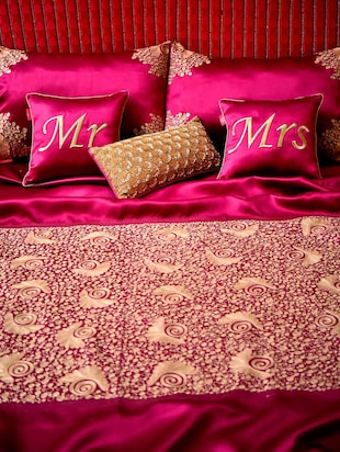 Plum embroidered  bedsheet set
