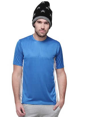 blue and white cotton sports t-shirt