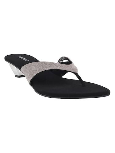 a864251ac Metro Shoes Online - Buy Metro Shoes for Men   Women Online