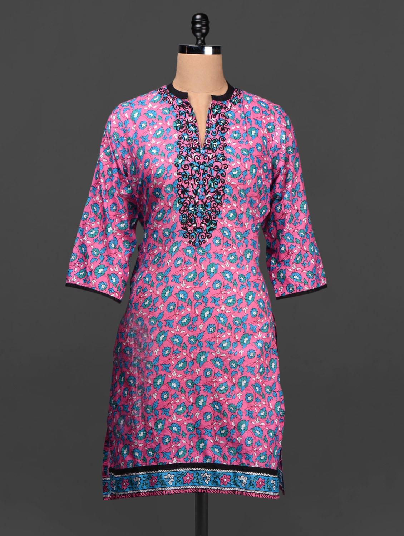 Floral Print Mandarin Collar Quarter Sleeves Cotton Kurta - SHREE