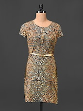Arty Geometric Printed Dress With Golden Belt - Hotberries