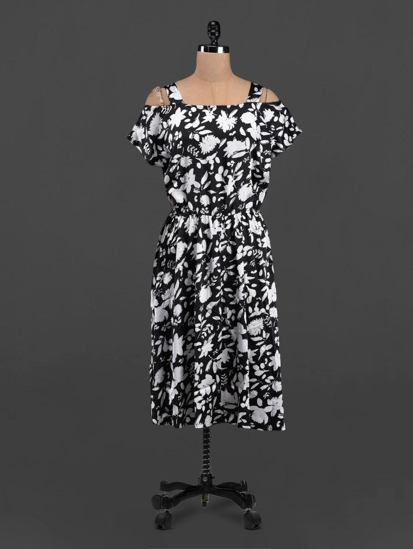 Floral Leaf Printed Monochrome Dress - LastInch