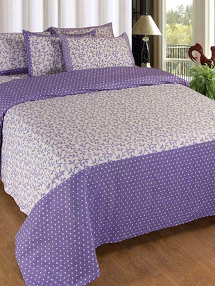 Double bedsheet with 2 complimentry pillow covers