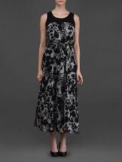 Sleeveless Floral Print Maxi Dress - Eyelet