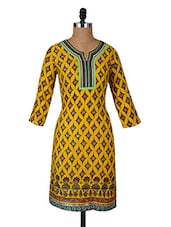 Ethnic Floral Print Quarter Sleeves Cotton Kurta - Aaboli
