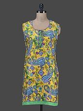 Yellow Paisley Printed Cotton Kurta With Attachable Sleeves - Paislei