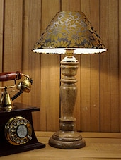 ROYAL BROWN MANGO WOOD TABLE LAMP WITH 10' PYRAMID SHADE - By