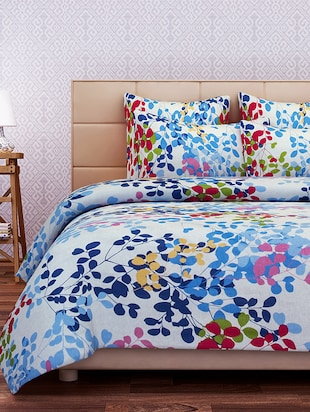 SEJ Floral White Blue Red 100 % Pure  Double Bedsheet Set with 2 pillow covers(SBLW057D)